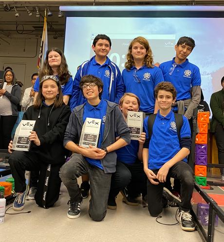 Irving Robotics Team Qualify for Vex Nationals!
